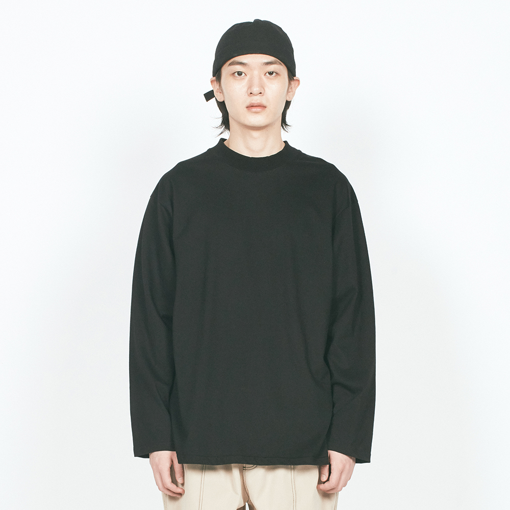 BASIC MOCK NECK L/S TEE BLACK