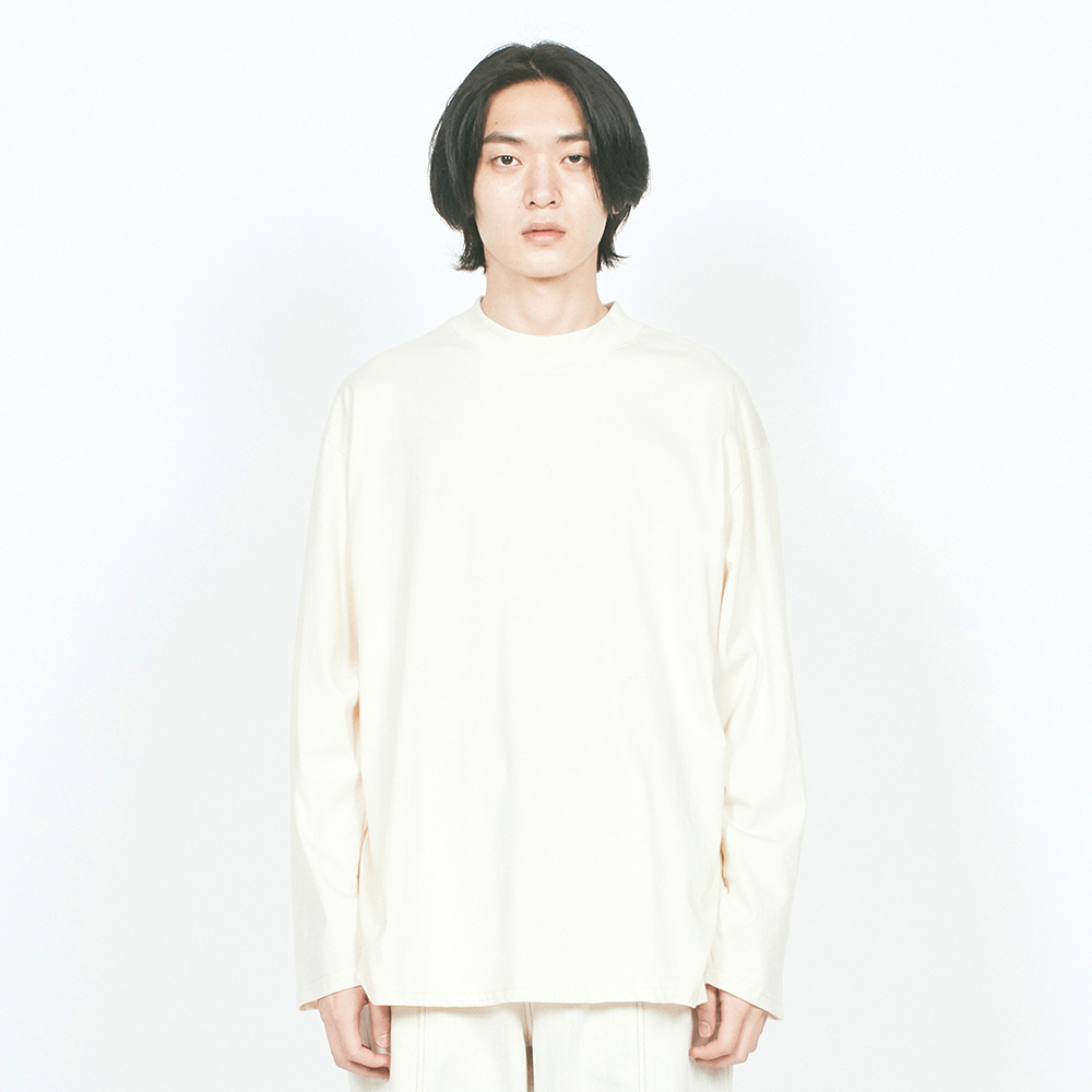 BASIC MOCK NECK L/S TEE IVORY