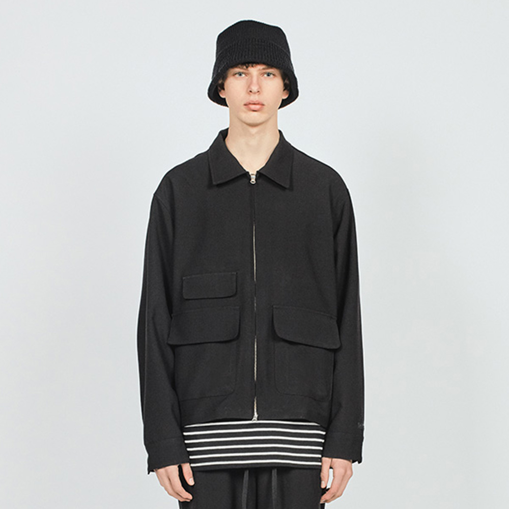 POCKET MINIMAL JACKET BLACK